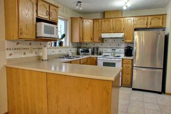 06, Kitchen